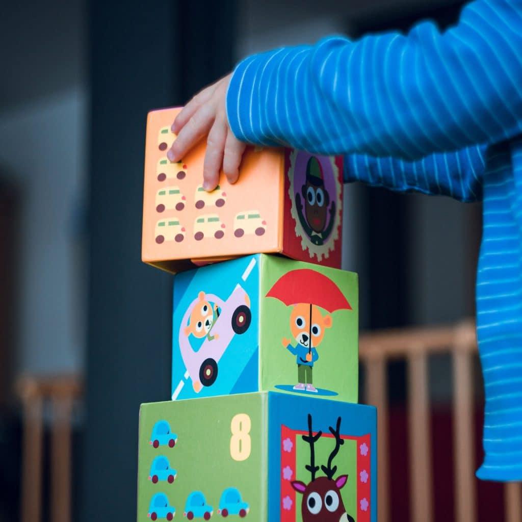 Kind aan het spelen